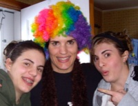clown_girls_200px